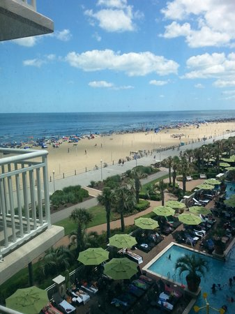 Oceanaire Resort Hotel: 427a Balcony