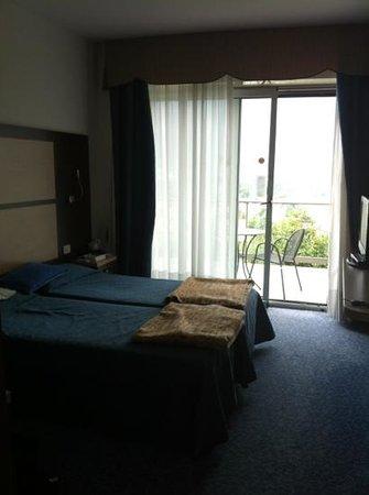 Panoramic Hotel Benacus : Zimmer mit Balkon