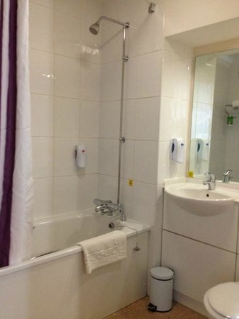 Bathroom picture of premier inn cambridge a14 j32 hotel cambridge tripadvisor Premiere bathroom design reviews