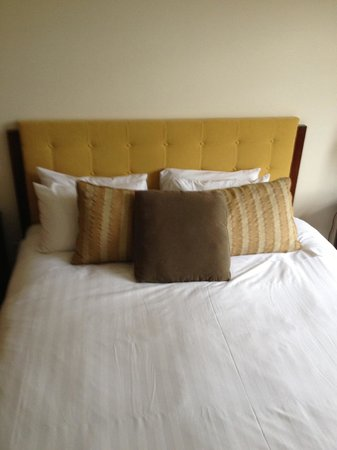 Pan Pacific Whistler Village Centre : Bed... Just incase you were wondering