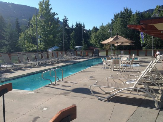 Pan Pacific Whistler Village Centre : Poolside - Two Hot tubs not shown