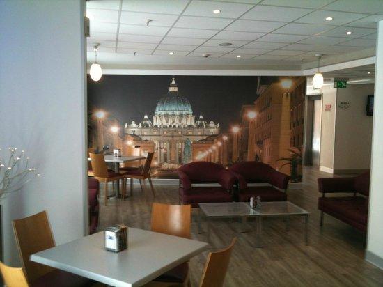 Holiday Inn Express Rome - San Giovanni: lobby