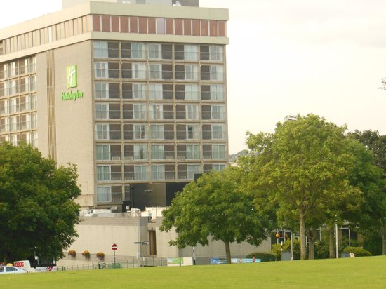 Holiday Inn Plymouth: View from the gardens.