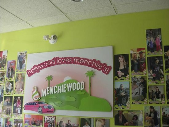 Photo of Restaurant Menchie's Frozen Yogurt Toronto at 511 Bloor St W, Toronto, Canada