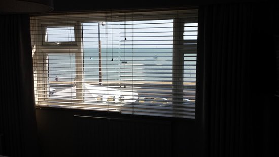 Roslin Beach Hotel: The view from 117