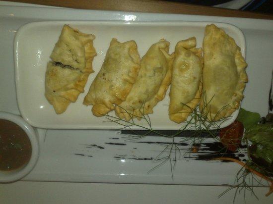 Paulus Kitchen : Deep fried fish ravioli