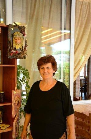 Artemida Taverna: THE CEF