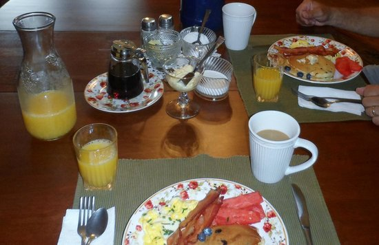 Bright Morning Bed & Breakfast: Yummy!!