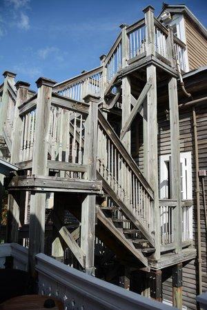 Cypress House Hotel : Key West: Verbindung von Haupt- zu Nebenhaus