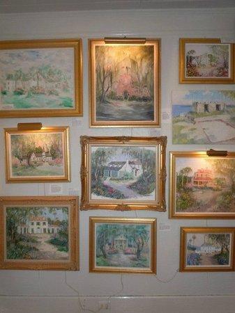 Mildred Huie Plantation Museum at Mediterranean House : The Plantation & Landmark Room