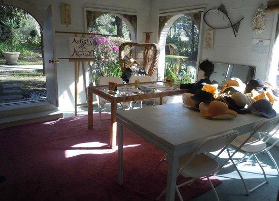 Mildred Huie Plantation Museum at Mediterranean House : The Artist's Studio