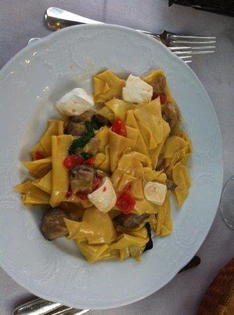 Hotel Stella d'Italia: mal tagliati con melanzane e mozzarella di bufala