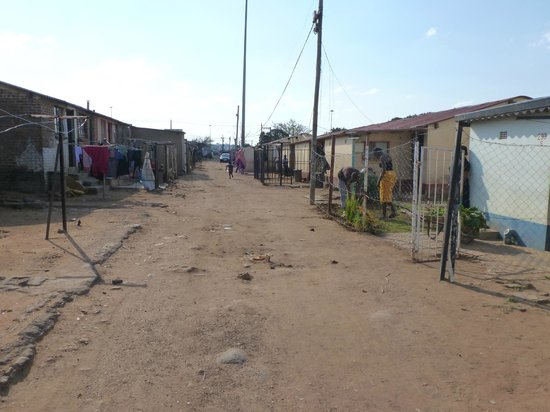 Soweto Bicycle Tours: Homes in the poorer area of Soweto