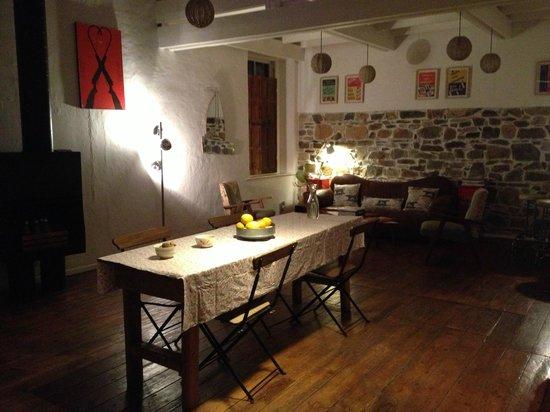 """Kleine Bar im """"Wohnzimmer"""" - Bild von La Grenadine ..."""