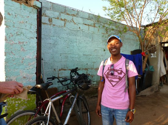 Soweto Bicycle Tours: Thomas, our Soweto Bike Tour guide.