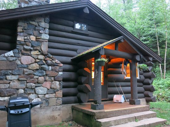 Loon Lake Lodge: The Shack