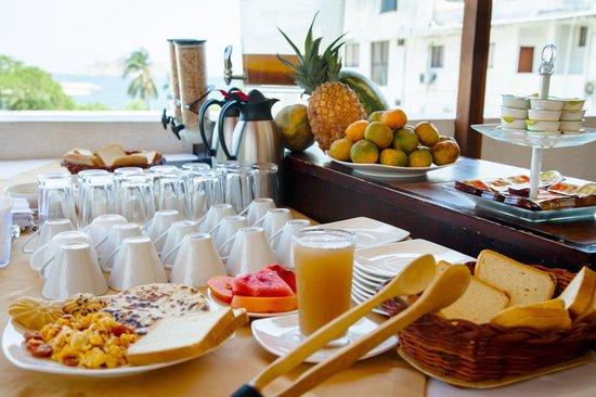 Hotel Tayromar: Desayuno