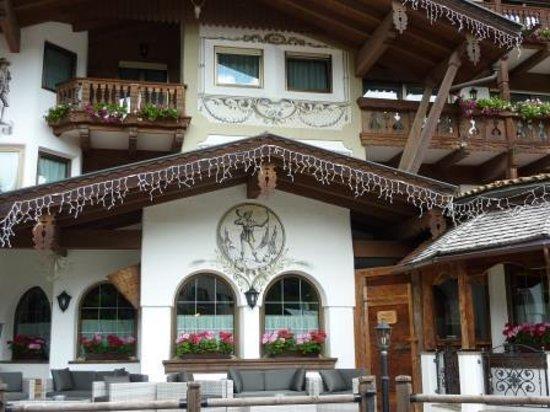 Sport Hotel Majare': altra veduta esterno