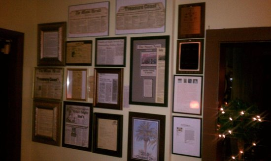 Gigi's Italian Restaurant: awards and write-up from several newspapers, magazines and T.V. such as Fox News and WPBF News