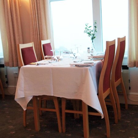 Beacon Country House Hotel: Dining room