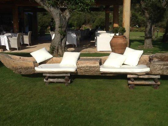 Hotel La Rocca Resort & Spa: Giardino del ristorante