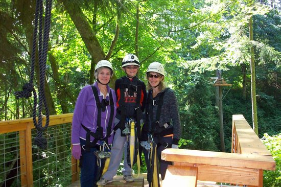 Canopy Tours Northwest: Halfway there and lovin' it!