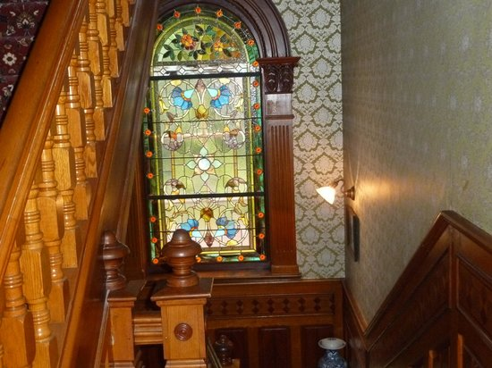 The Clockmakers Inn : inside