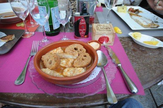 L'Estagnol : Суп похож на буйабес...