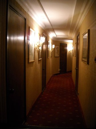 Hotel Bled: hallway