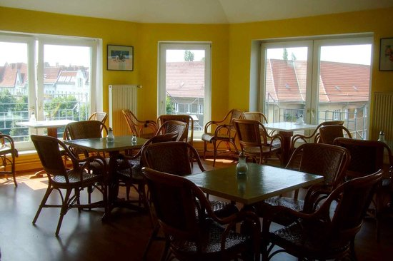Hotel Pension Rehberge : The breakfast room
