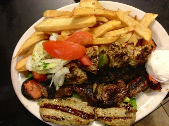 Beirut Restaurant: Mixed grilled with home made fries. Yummmyy