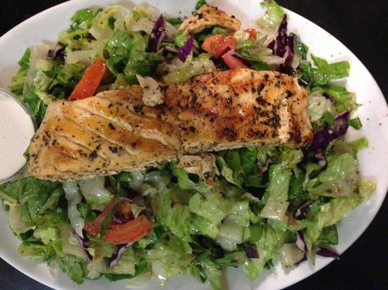 Beirut Restaurant: My all time favorie! Salmon salad, delicously seasoned with the house dressing, and topped over