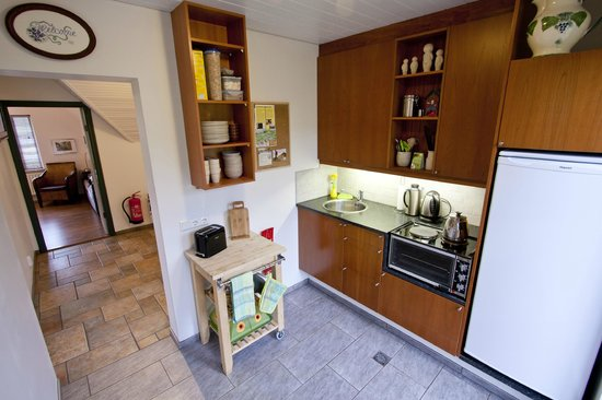 Minna-Mosfell Guesthouse: Common area - Kitchen