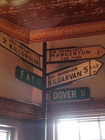 J. J. Foley's Cafe : Old Signs From Before The Street Name Changed