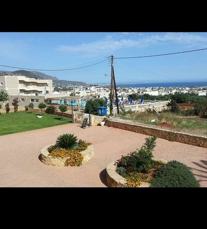 Notos Heights Hotel & Suites: View from balcony