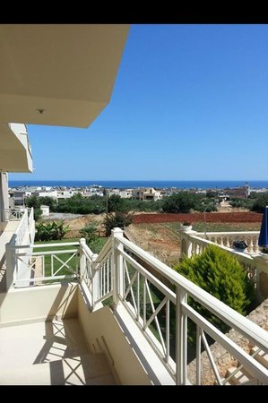 Notos Heights Hotel & Suites: view from front door