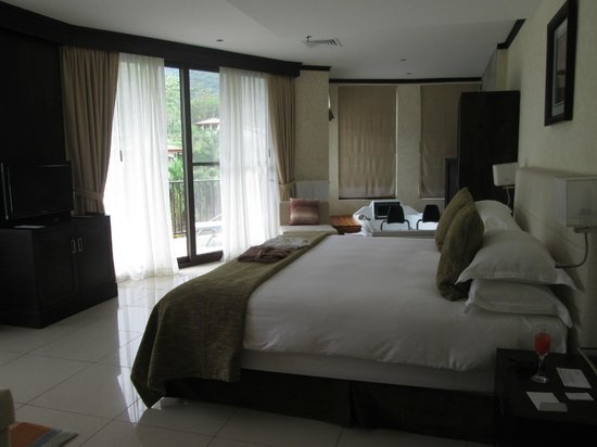 The Royal Corin Thermal Water Spa & Resort: Junior suite