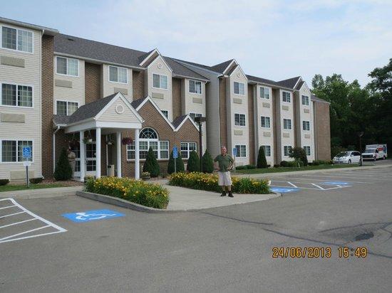 Microtel Inn & Suites by Wyndham Bath : Hotellet