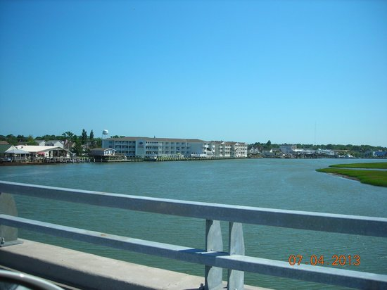 Comfort Suites Chincoteague: view of hotel from causeway entering island