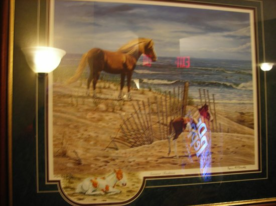 Comfort Suites Chincoteague: Chincoteague Pony prints displayed on walls throughout hotel