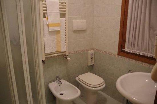 Hotel da Gigi: bathroom