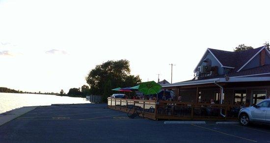Blue Anchor Restaurant: Lovely view