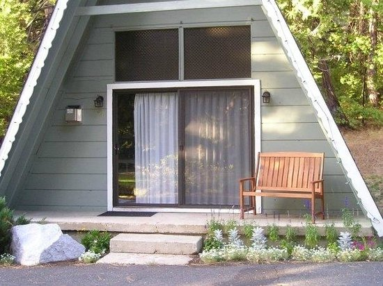 Dorrington, CA: The private chalets are great for couples, and family's that are looking for a great get away.