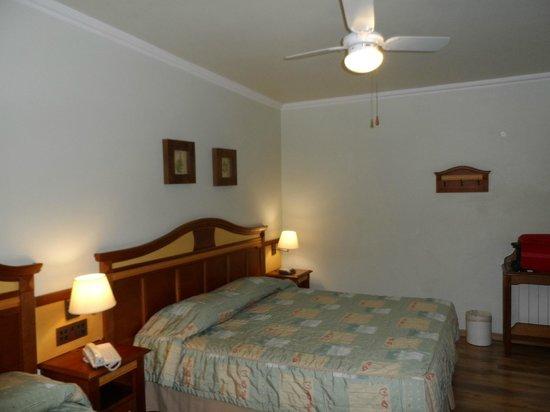 Hotel Recanto da Serra: Vista parcial do apartamento luxo