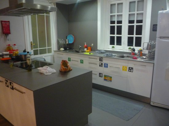 Rivoli Cinema Hostel : Kitchen