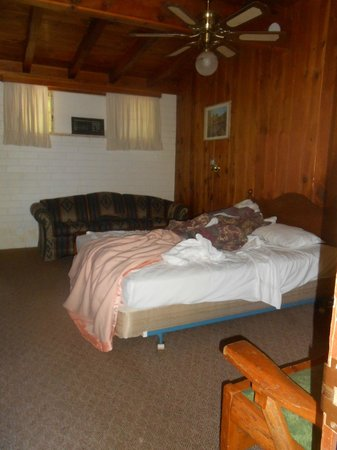 Slide Rock Lodge: Cabin