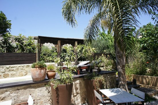Spirit of the Knights Boutique Hotel: Just a lovely escape in the Garden