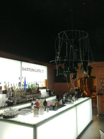 Ristorante Santopalato : Le bar pour les apéros.