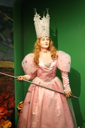 Oz Museum: good witch