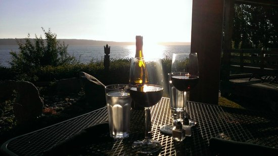 Camano Island Inn: View Sharing a Bottle of Wine